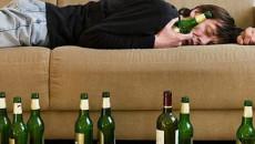 lấy chồng lần 2, bị đánh, chồng nát rượu, nghiện rươu, không dám ly hôn