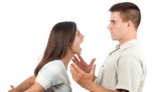 Chồng hứa sửa đổi, không quay về, mâu thuẫn với cha mẹ chồng, muốn ly hôn