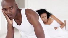 """Lo sợ khi biết bạn gái bị """"trễ kinh"""" sau lần quan hệ có dùng bao!!!"""