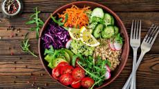 """Ngực bị đau nhiều hơn khi chuyển sang chế độ """"ăn chay""""???"""