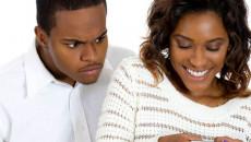 bạn gái, nhắn tin với trai, sợ mất người yêu, không chung thủy,quản lý quá chặt