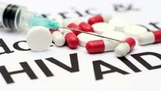 Ở giai đoạn cửa sổ nên sử dụng thuốc gì để giảm lượng HIV?