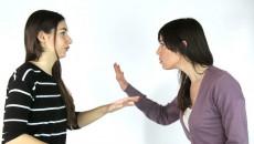 mang thai, lo lắng, căng thẳng, hàng xóm, cãi vã, kẻ thù