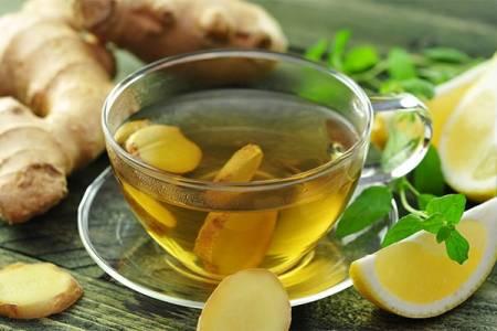 Uống một cốc trà gừng vào buổi sáng