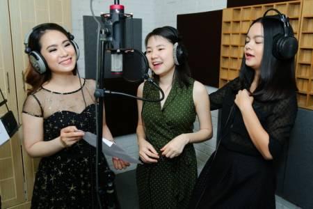 Phạm Quỳnh Anh, H.A.T, Sơn Tùng M-TP, Quang Huy, cua so tinh yeu