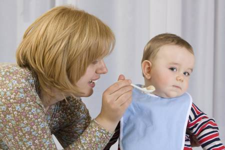 dinh dưỡng cho trẻ, biếng ăn, cua so tinh yeu