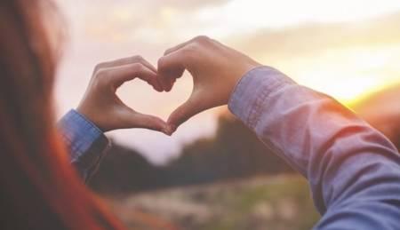 tình yêu là gì, tình yêu đáng giá bao nhiêu, cua so tinh yeu
