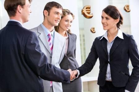 môi trường công sở, đồng nghiệp, dân công sở, xây dựng quan hệ, cua so tinh yeu