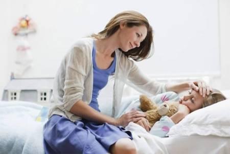 sốt xuất huyêt, chăm sóc trẻ, dinh dưỡng, dấu hiệu cảnh báo, cua so tinh yeu