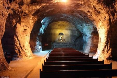 nhà thờ độc đáo, mỏ muối, kiến trúc dưới lòng đất, kiến trúc độc đáo, cua so tinh yeu