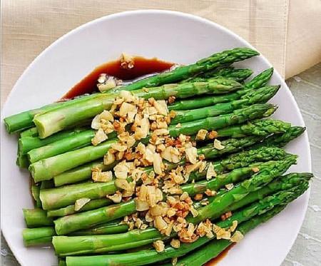 sức khỏe, thực phẩm, dinh dưỡng, bệnh gút, những thực phẩm cần lưu ý khi sử dụng, nếu bị bệnh gút, cua so tinh yeu