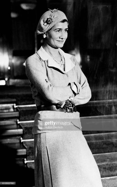 Coco Chanel, Phong cách, cua so tinh yeu