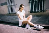 mix giày, giày sneakers , phù hợp, trang phục, giày Sneakers phù hợp với trang phục, cua so tinh yeu