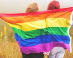 Người đồng tính, trường tiểu học, LGBT,người song tính,người chuyển giới, tin nóng xã hội, tin nóng thế giới, cua so tinh yeu