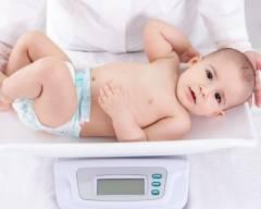 trẻ sơ sinh nhẹ cân, chăm sóc trẻ sơ sinh, cân nặng của trẻ sơ sinh, tăng cân cho trẻ