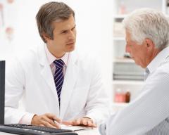 Chỉ số xét nghiệm PSA là bao nhiêu khi bị ung thư tuyến tiền liệt?