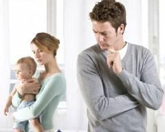 gia đình mâu thuẫn, chồng khó tính, kỹ tính, yêu cầu cao, vợ rất cố gắng, không hài lòng, chán nản