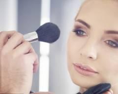 makeup thường xuyên, ngăn ngừa bệnh ung thư da, cua so tinh yeu