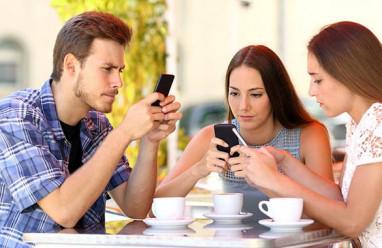 điện thoại thông minh, nghiện điện thoại, bất thường, cua so tinh yeu