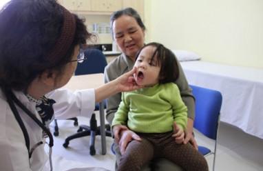 chăm sóc trẻ, viêm đường hô hấp, cua so tinh yeu