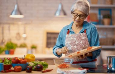3 thành phần dinh dưỡng mà phụ nữ tuổi 50 nên bổ sung
