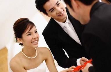 Phong bì, đám cưới, ảnh cưới, mừng đám cưới, bạn bè, tiền bạc, tình cảm