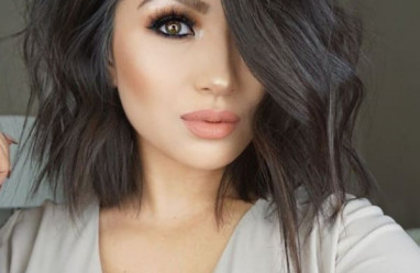 make up    , quyến rũ , trang điểm