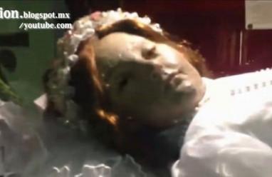 xác ướp thánh nữ, nhà thờ Mexico, thi thể