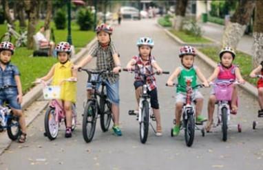 trẻ tham gia giao thông , kỹ năng cho trẻ , khi tham gia giao thông, tai nạn giao thông