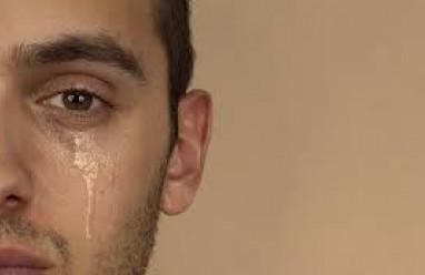 đàn ông khóc, cua so tinh yeu