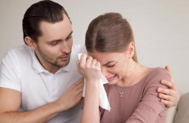 sống chung, gia đình chồng, bị nói xấu, vợ bất mãn, suy nghĩ tiêu cực
