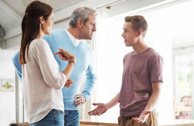 bị nói xấu, gia đình người yêu, cấm cản, không cho quan hệ, cờ bạc nợ nần, nghiện ma túy