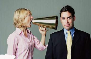 vợ chồng cãi nhau, thiếu niềm tin, không trân trọng, xúc phạm, giao tiếp, cãi nhau