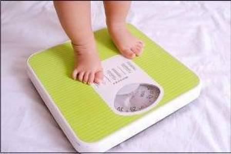 trẻ  0 đến 12 tháng tuổi, sự phát triển của trẻ trong năm đầu, sự