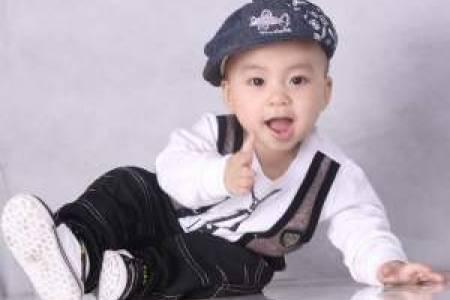 trẻ hai tuổi, sự phát triển kỹ năng vận động thô, sự phát triển k