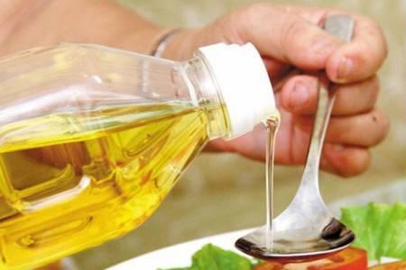 chia sẻ mẹo vặt, mẹo vặt, dầu ăn, mẹo nhỏ trong bếp, mẹo nấu ăn, cua so tinh yeu