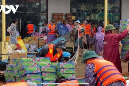 cứu trợ, lũ lụt, miền trung, bão lũ, mưa bão