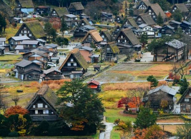 Du lịch Nhật Bản, Shirakawa, Lảng cổ Shirakawa, Tỉnh Gifu, cua so tinh yeu