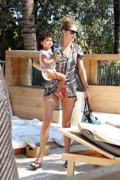 Chân dài Victoria's Secret, Doutzen Kroes.