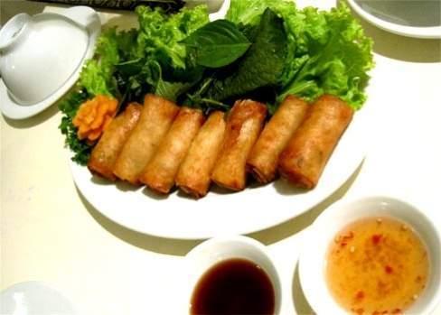 ẩm thực, quảng nam, mì quảng, bánh tổ, Gà đèo Le, Bê thui cầu Mống, ram, bánh xèo, ngon miệng
