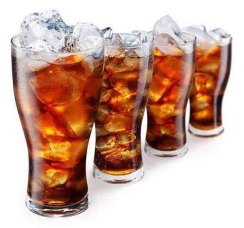phụ nữ mãn kinh, ung thư, uống cô ca, nước ngọt, sức khỏe,ung thư nội mạc tử cung, vô sinh