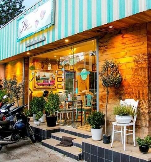 bản đồ ẩm thực, điểm gặp mặt, giới trẻ, Sài Gòn, Fly Cupcake, cà phê, cơm văn phòng, cơm cháy chiên, bánh cay, phồng tôm chiên, thức uống giải nhiệt