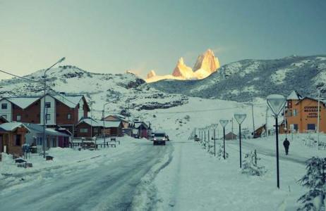 Thị trấn El Chaltén ở Argentina được ví như nơi ở của Bà Chúa Tuyết, bởi nơi đây vào mùa đông rất lạnh giá, hầu như lúc nào cũng vắng người.