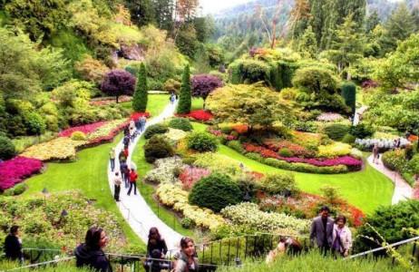 """Tọa lạc tại thành phố Victoria, Vancouver (Canada), Butchart là khu vườn xinh đẹp nổi tiếng nhất Canada và được mệnh danh là """"vườn địa đàng"""" ở hạ giới của Bắc Mỹ."""