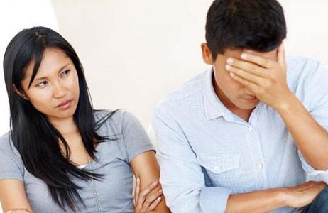 căm ghét chồng, cãi vã, không muốn nhìn mặt nhau, muốn ly hon, cãi vã trước mặt con