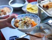 bún thịt nướng, bún xào thập cẩm, bún xào sài gòn, Sài Gòn, bún xào, ăn cả thế giới, món ngon phải thử, quán xá sài gòn, Món ăn đường phố, bún xào thịt. cua so tinh yeu