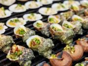 ẩm thực việt nam, ốc mắt ngọc nướng, cháo nhum, đảo Ngọc Nam Du, cua so tinh yeu