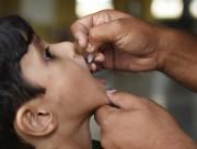 tiêm phòng bại liệt, vắc xin ngừa bại liệt, vaccine ngừa bại liệt, cua so tinh yeu
