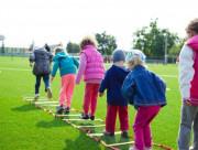 WHO, vận động thể chất, trẻ con không vận động, trẻ bị béo phì, béo phì bệnh tim, cua so tinh yeu
