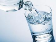 bí quyết sống khỏe, đi tiểu nhiều, uống nước thế nào cho đúng